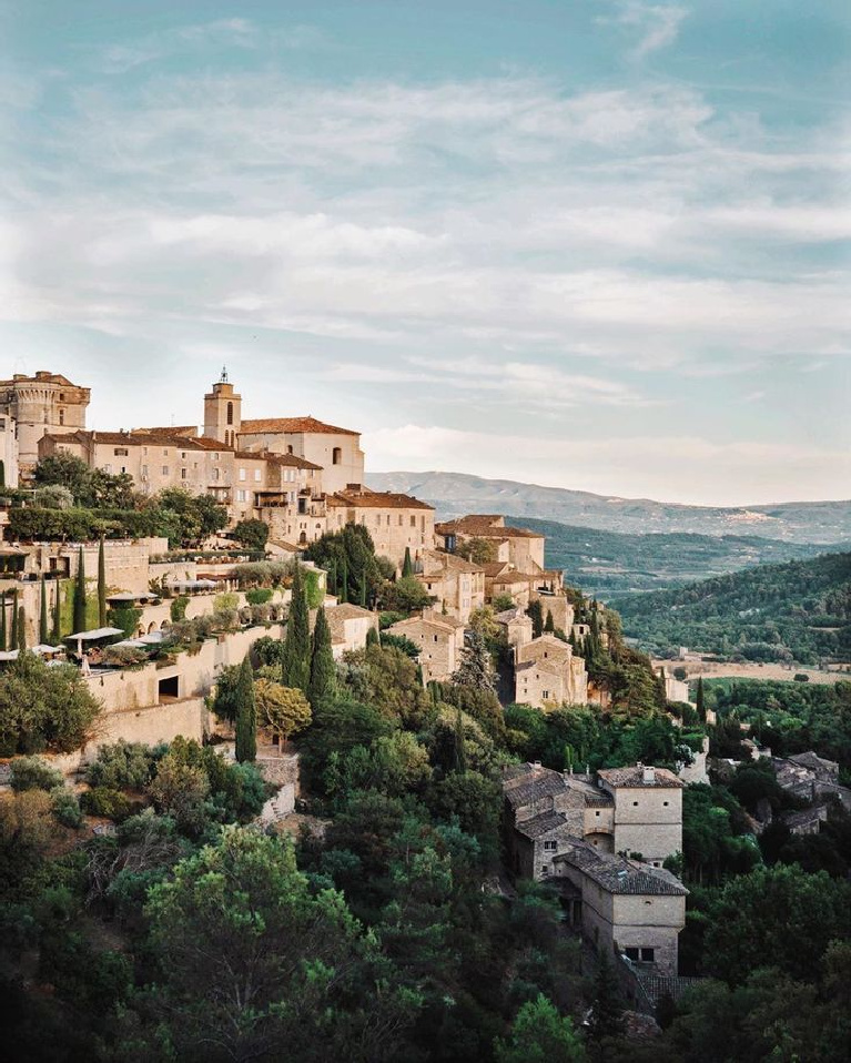 Picturesque French country vista in Gourdes Provence - @jalmaze. #frenchcountry #frenchcountryside #gordes #provencebeauty #provencelandscape