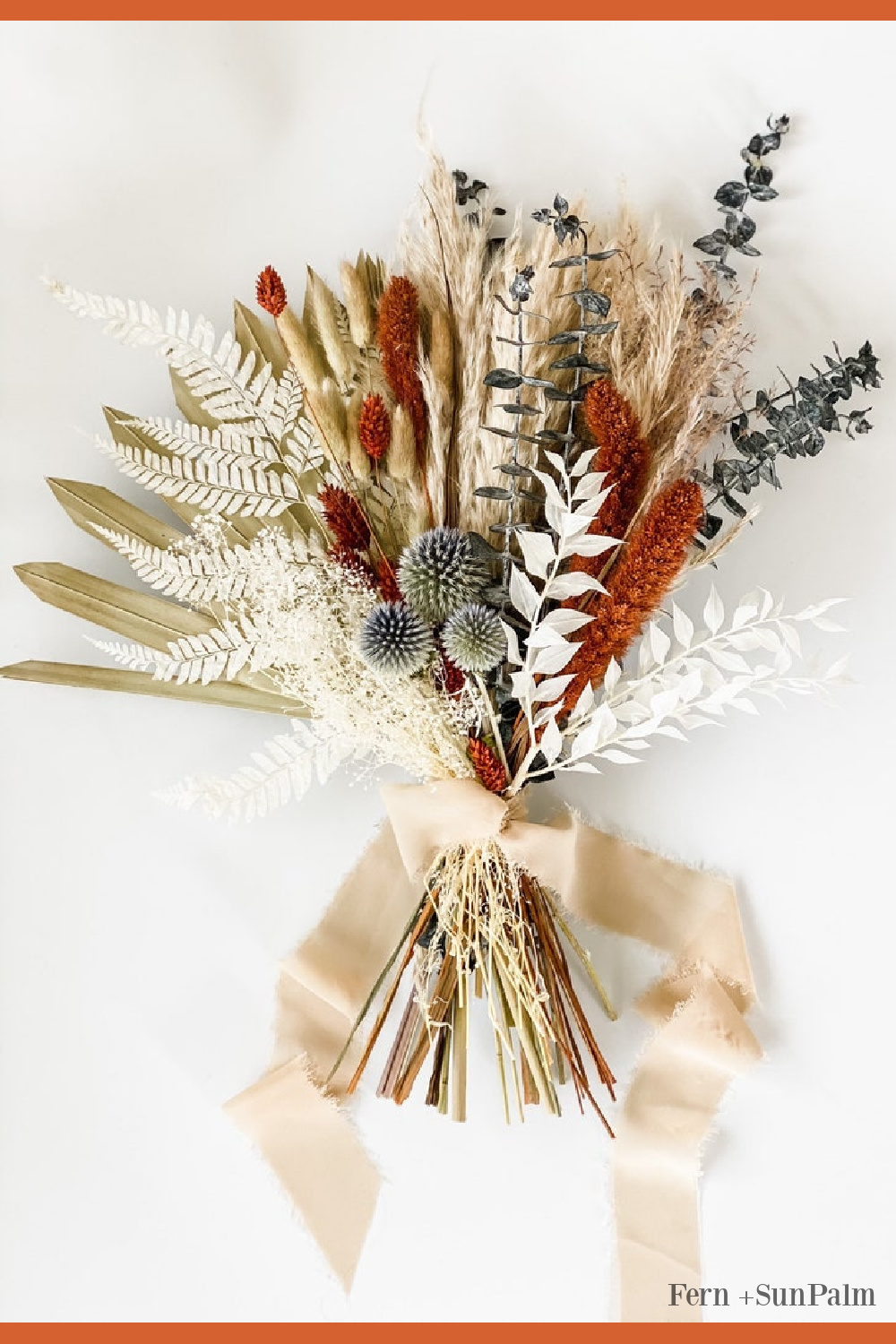 Beautiful fall floral bouquet with everlasting blooms - Fern + Sun Palm. #fallfloral #pampasgrass #weddingflorals