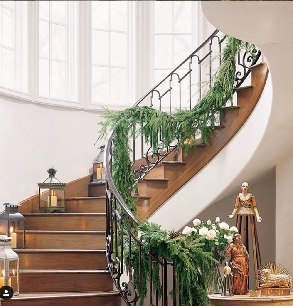 Pamela Pierce designed home at Christmas. #frenchcountry #christmasdecor #pamelapierce