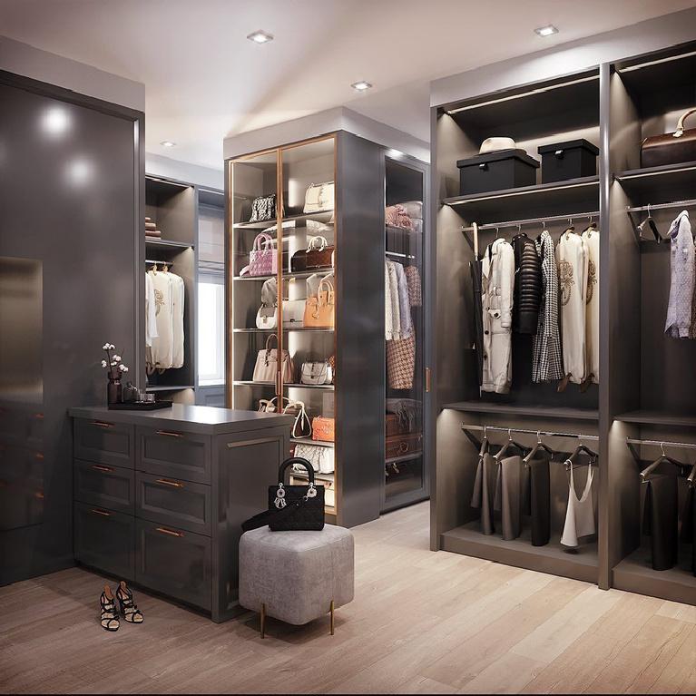 Bespoke luxurious closet by L'Atelier Paris. #customcloset #bespoke #dreamcloset
