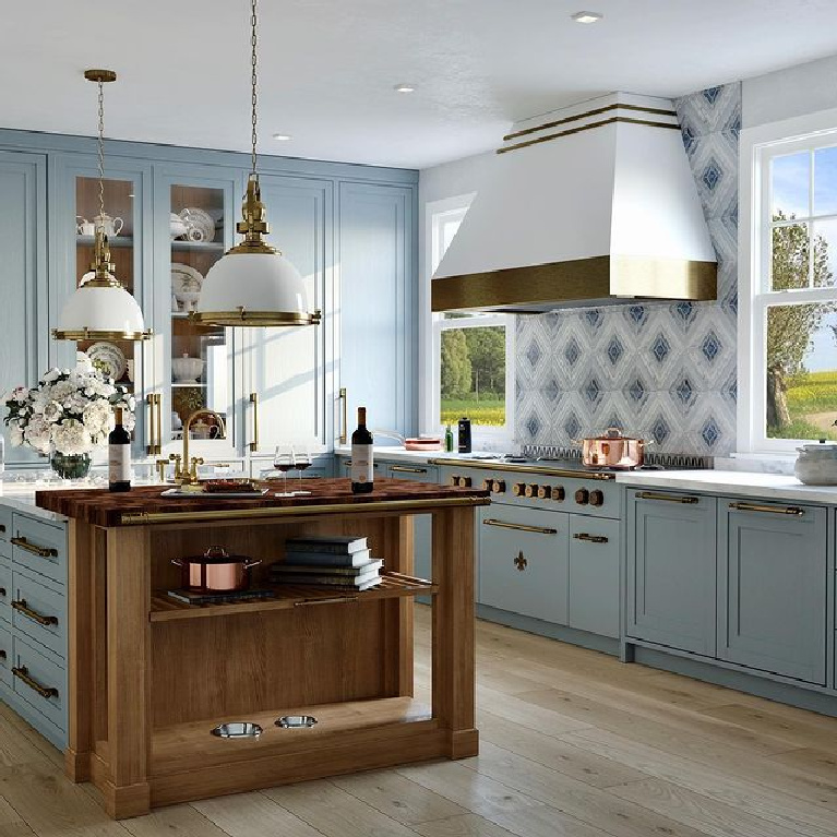 Luxurious French country custom kitchen with pastel colors and superb bespoke details by L'Atelier Paris. #bespoke #luxurykitchen #frenchkitchen #frenchcountrykitchen