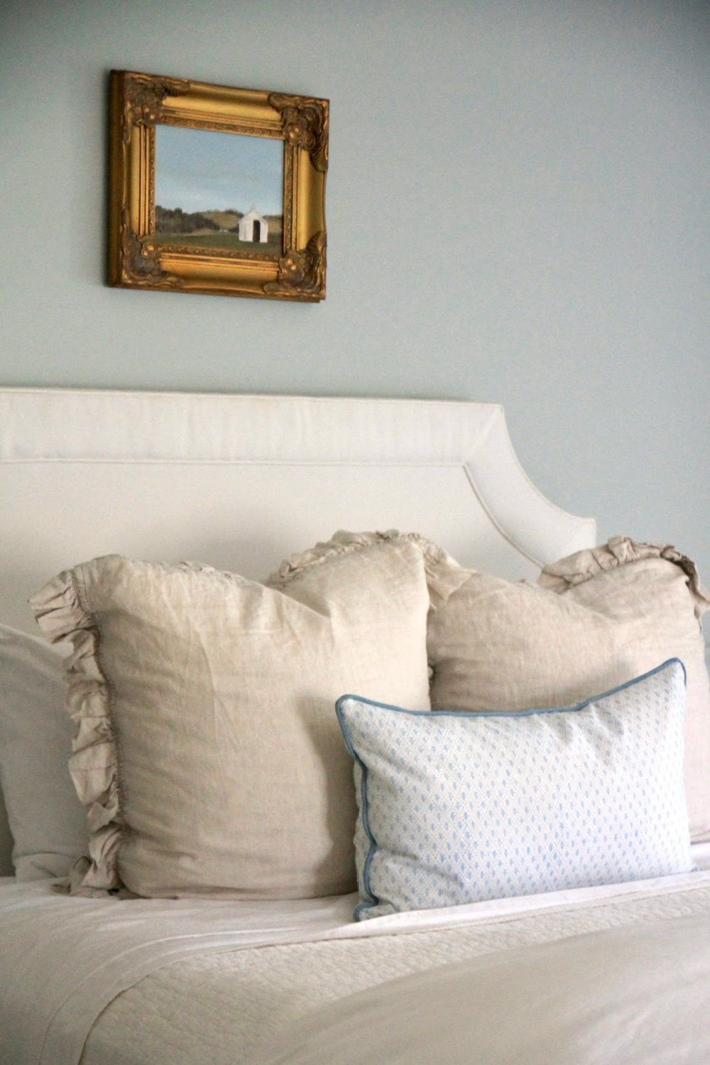 Lovely serene pale blue grey bedroom painted Quiet Moments (Benjamin Moore) - JSH Home. #quietmoments #benjaminmoorequietmoments #bluegrey #paintcolors