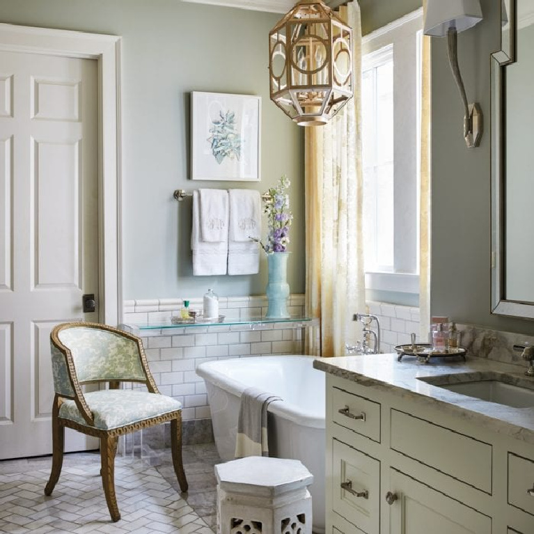 Light blue bathroom walls painted Quiet Moments (Benjamin Moore) via The Glam Pad. #quietmoments #paintcolors #benjaminmoorequietmoments