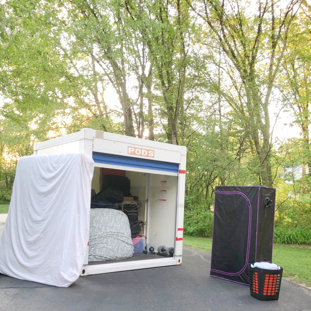 PODS container move from CO - learn tips to simplify moving on Hello Lovely. #pods #relocation #movingtips #movinghacks #movingcontainers