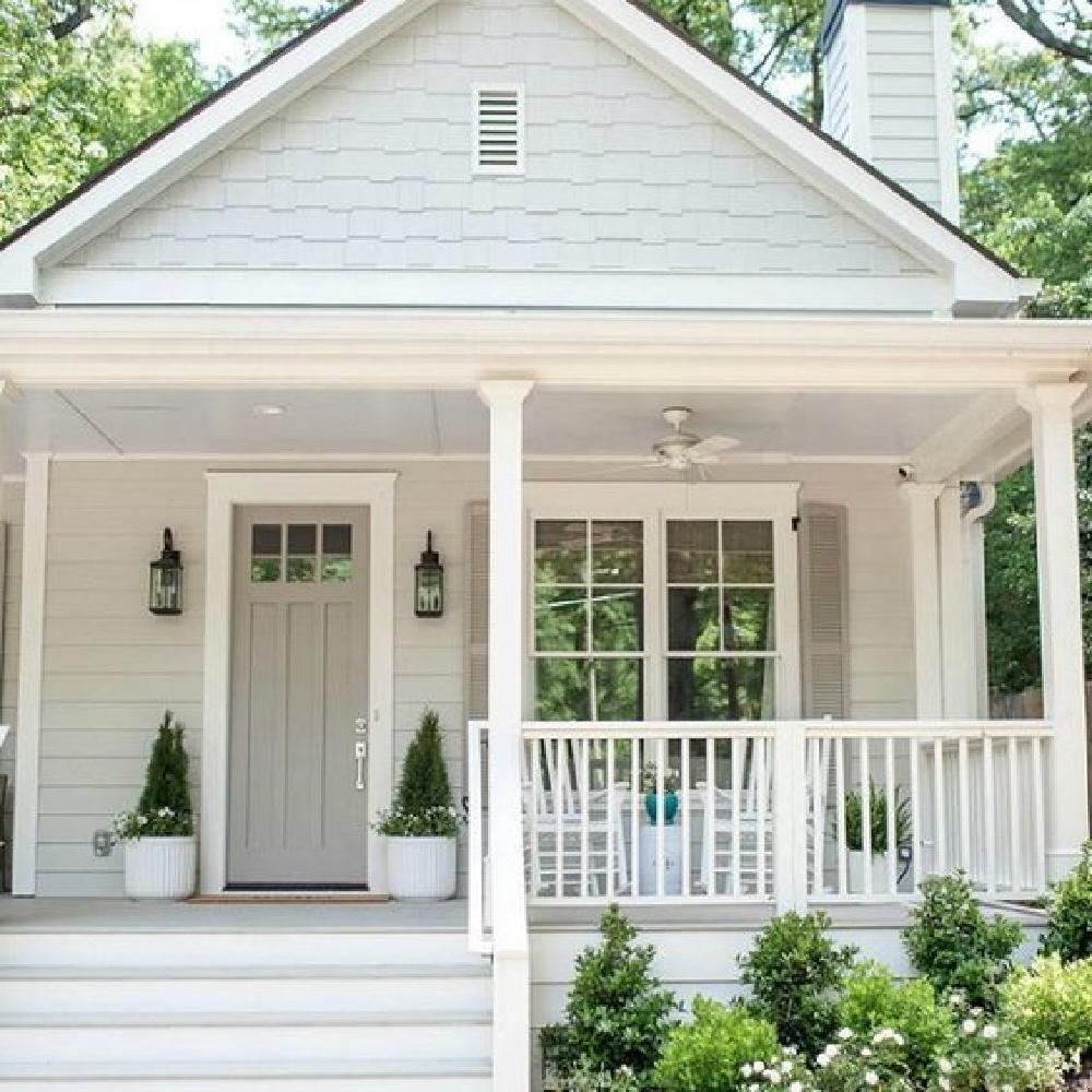 Repose Gray (Sherwin Williams) light grey cottage exterior and Dorian Gray door - Bell Sheep Studio. #reposegray #doriangray #greypaintcolors