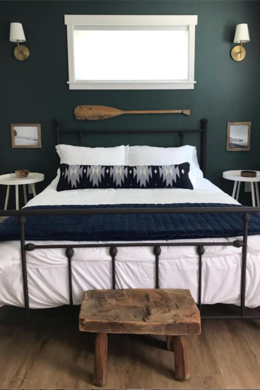 Green bedroom painted Tarrytown Green (Benjamin Moore). #tarrytowngreen #benjaminmooretarrytowngreen #paintcolors
