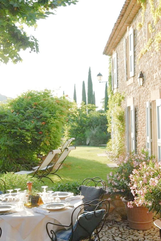 La Bastide de Marie - lovely and timeless French farmhouse in Provence. #frenchfarmhouse #frenchbastide
