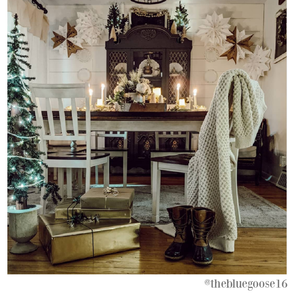 Charming white Christmas decor in a dining room by The Blue Goose 16. #christmasdecor #farmhousechristmas