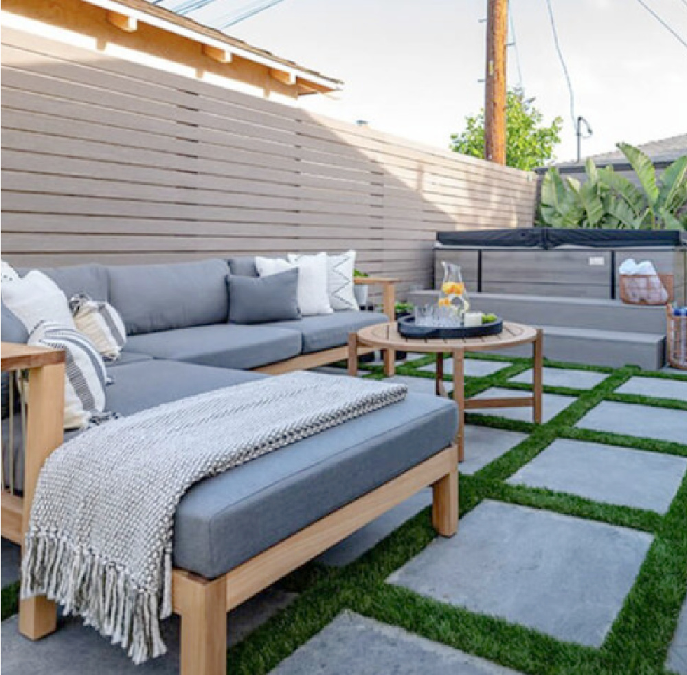 Backyard makeover - Anna Rosemann with Property Borthers Celebrity IOU (Season 2, episode 7 with Darren Criss).